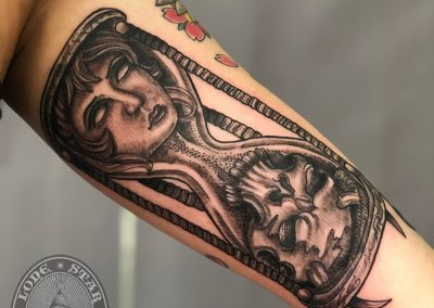 dallas-japanese-tattoo-skull-hourglass