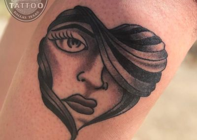 dallas-traditional-tattoo-girl-heart
